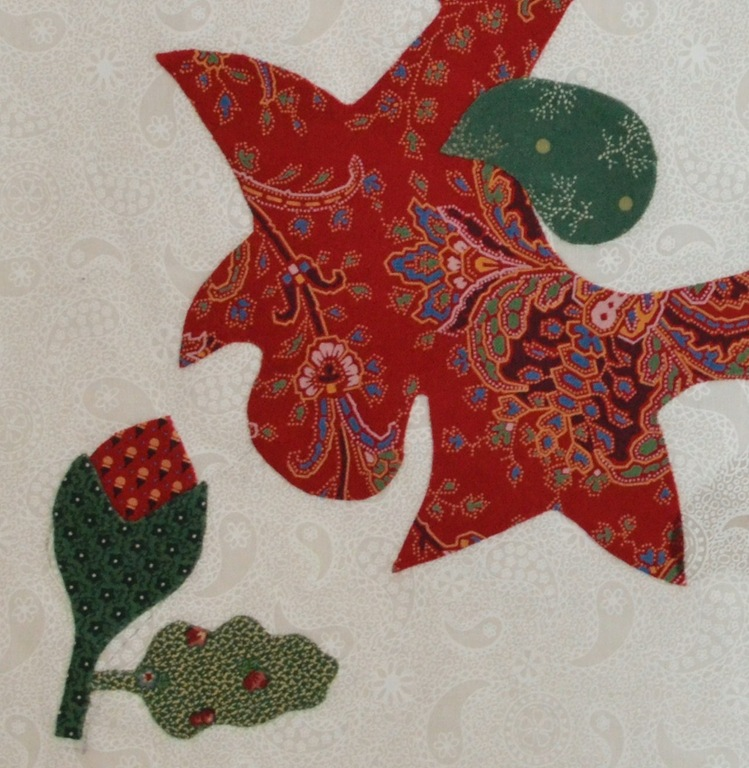 Red and green applique quilt red door quilts for Red door design quilts