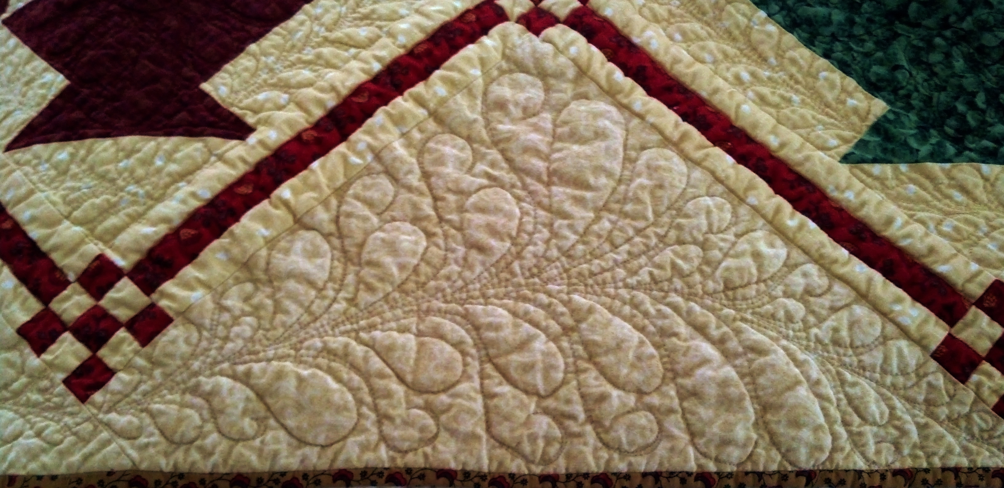 Basket quilt red door quilts for Red door design quilts